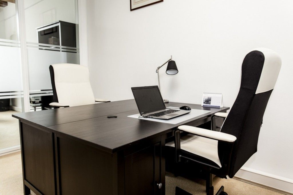 2 werkplekken bij Amsterdam Offices